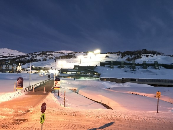 Dawn_at_Perisher